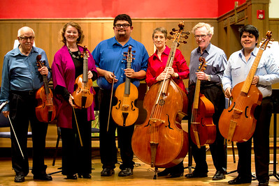 A big smile from the 6 Viols of Houston