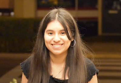 19     Thania Barahona-Bustos