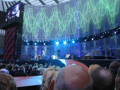 U2_Manchester_2005_06_15-1299