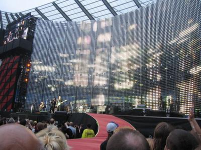 U2_Manchester_2005_06_15-1296