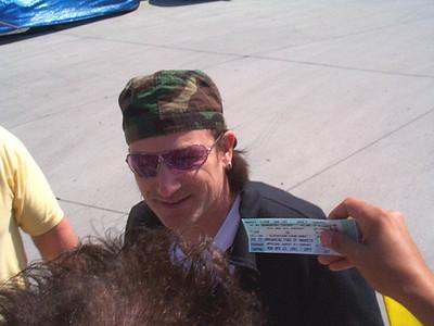 U2 - 4/26/2001 Anaheim