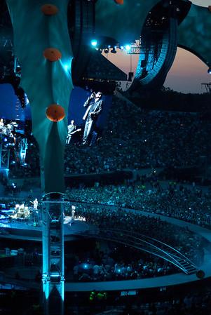 U2-2011-5557