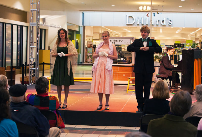 Allison Thomas, Kristen Barney and Cornelius David (l to r)  (014)