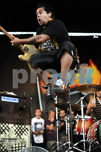 Aug. 23, 2009-Carson, California, USA-Vans Warped Tour, Musician, EL HEFE, guitar player for the band NOFX, on stage at the Home Depot Center, Carson, California on the last day of the 2009 tour.   (Credt Image: cr  Scott Mitchell/ZUMA Press)