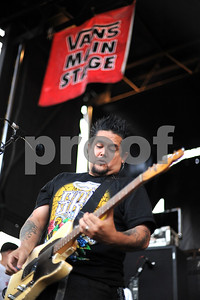 Aug 23, 2009-Carson, Califiornia, USA-Musician, EL HEFE, guitar player with the band NOFX, on stage at the Home Depot Center on the last day of the Vans Warped Tour 2009.  (Credit Image:  cr  Scott Mitchell/ZUMA Press)