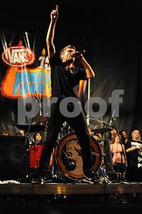Aug 23, 2009-Carson, California, USA-Musician, SEAN FOREMAN, singer, the band, 3OH!3, on stage, Vans Warped Tour 2009, Home Depot Center, Carson, California. (Credit Image: cr  Scott Mitchell/ZUMA Press)