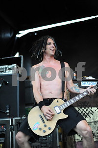 Aug 23, 2009-Carson, California, USA-Musician, FAT MIKE, bassist for the band NOFX, on stage on the last day of the Vans Warped Tour 2009, at the Home Depot Center, Carson, California.   (Credit Image: cr  Scott Mitchell/ZUMA Press)