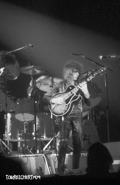 YES - NASSAU COLISEUM ,NEW YORK 1979