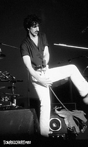 FRANK ZAPPA CIRCA 1980 NASSAU COLISEUM