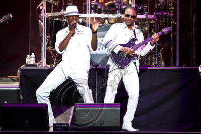 LOS ANGELES, CA - JUNE 09:  Kool and the Gang performs at Staples Center on June 9, 2012 in Los Angeles, California.  (Photo by Chelsea Lauren/WireImage)