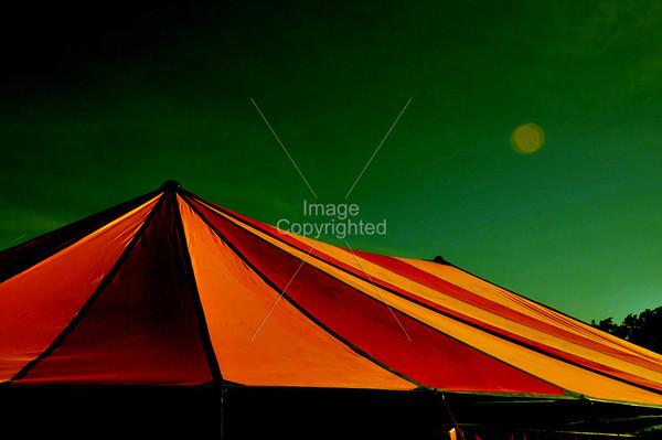 COM Tent.