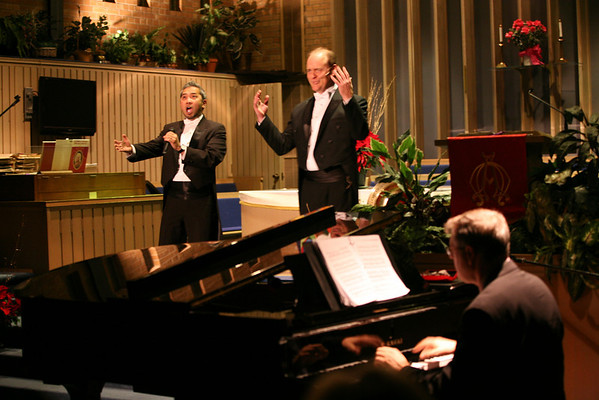 Waldo Baerg & Leander Mendoza in Concert with Michael Rose, pianist