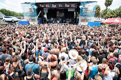 Sleeping With Sirens crowd at St. Pete Beach, FL