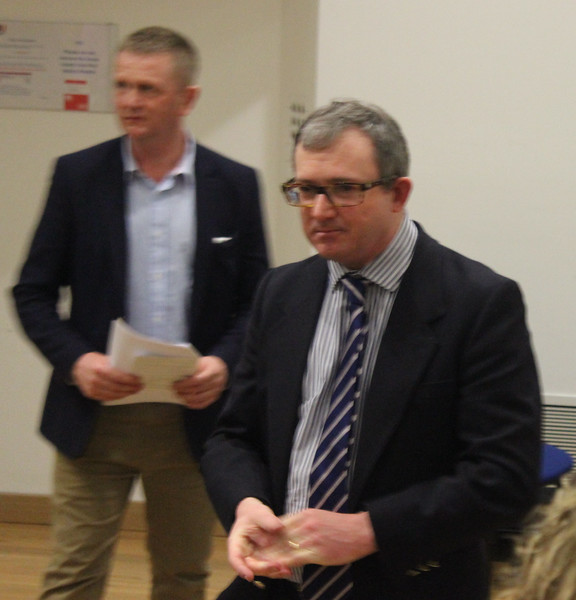 WOS Chairperson Patrick Lee thanking the judges, finalists and audience, with chief judge Ian Davis in the background