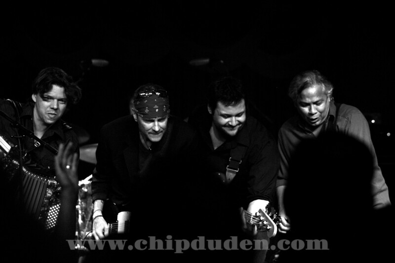 Music_WRH_Bodeans_9S7O4279_bw