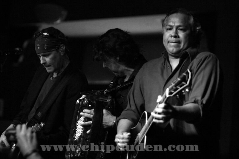 Music_WRH_Bodeans_9S7O4324_bw