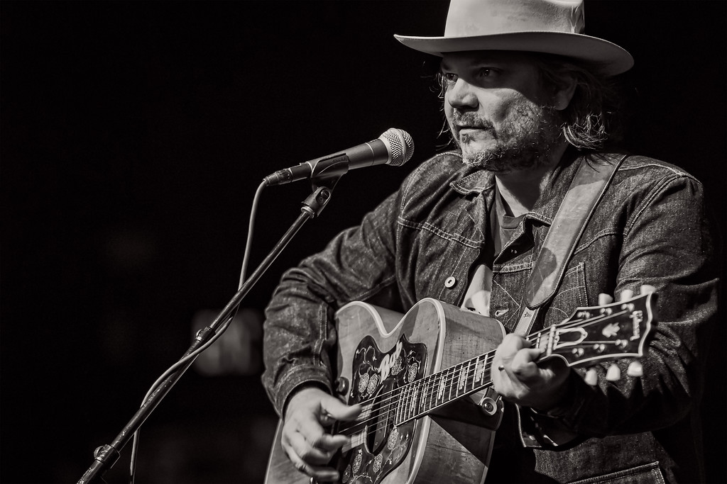 Wilco at the Iroquois Amphitheater in Louisville, Kentucky shot by Vasquez Photography