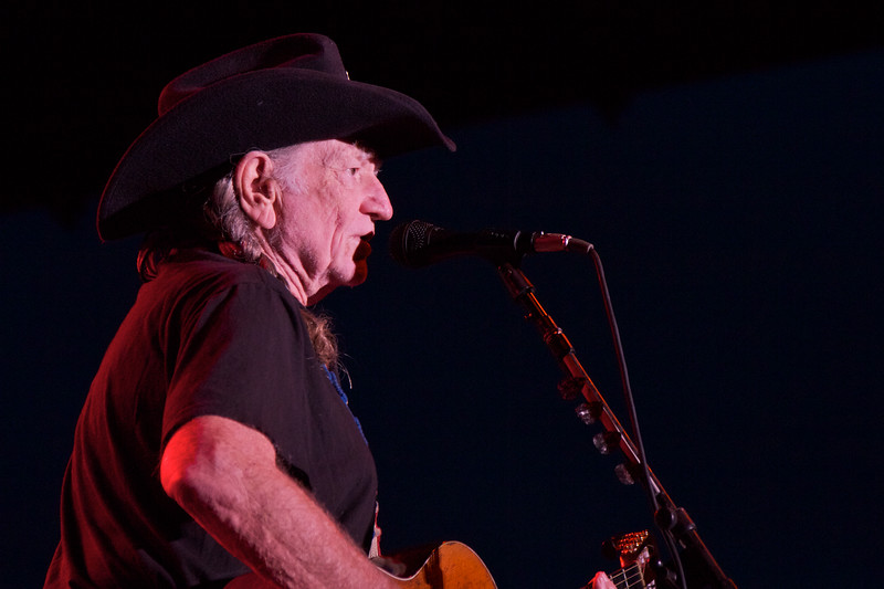 Willie Nelson<br /> Duluth, MN<br /> August 6th, 2011