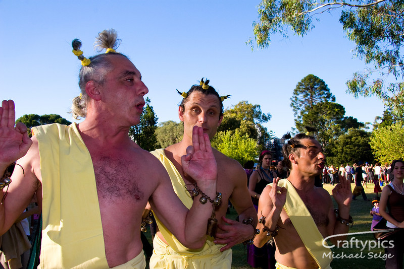 Roaming performers at Womadelaide 2006