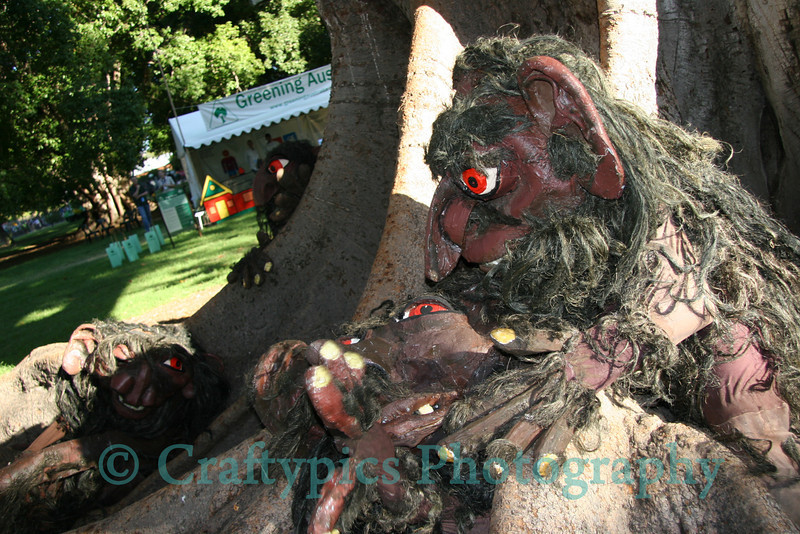 Roaming artists at Womad 2007. Tree people