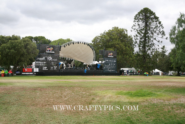 Friday 6th March main stage at Noon. 6 hrs to go till Womadelaide starts