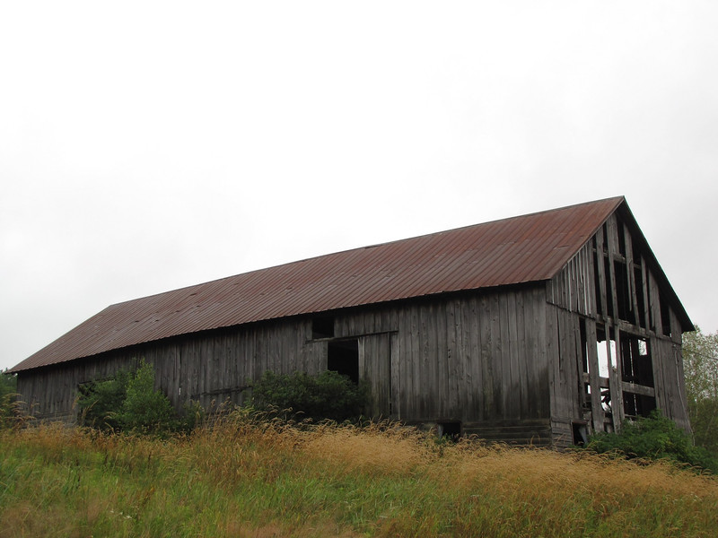 Abandoned barn near the concert site.