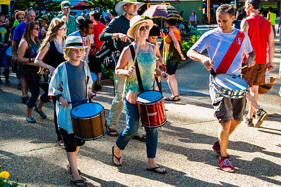 festival parade_CA_Worldfest-2015-9