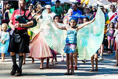 festival parade_CA_Worldfest-2015-11