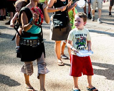 festival parade_CA_Worldfest-2015-8