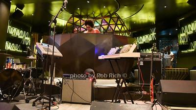 DJ photo by Rob Rich/SocietyAllure.com © 2016 robwayne1@aol.com 516-676-3939