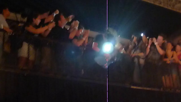 Video clip - Dave Grohl playing guitar in the balcony of the Metro