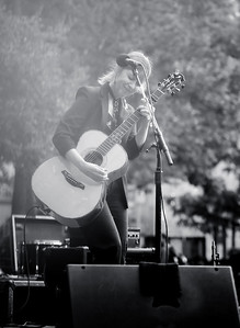 Suzanne Vega at Washington Square Park @ginakropf