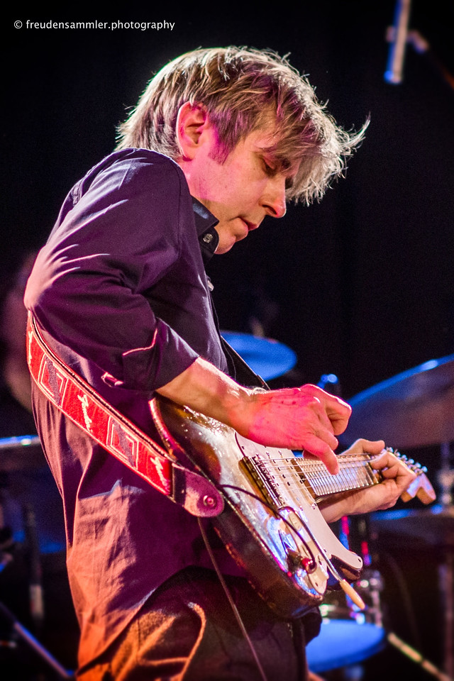 Eric Johnson (Cologne 11.04.2013)