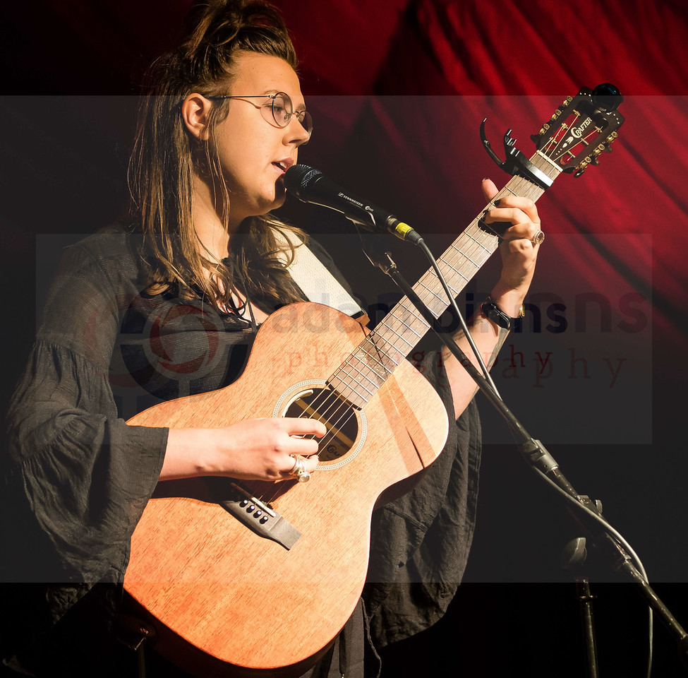 Nadia Reid, Whare Flat Folk Festival, Dunedin. Monday 1 January 2018. © Copyright, Adam Binns Photography, Dunedin, New Zealand 2017