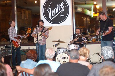 Roger Hoover Plays the Venice Bluesfest Kent Ohio