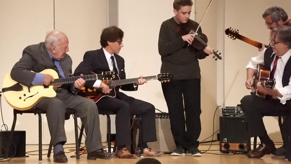 Bucky Pizzarelli, Frank Vignola, Tom Carroll , Chris Buzzelli