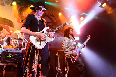 "Steve Vai lets the strings ""sing"" for him..."