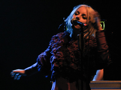 Little Boots - Bataclan 2009