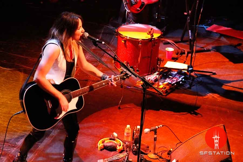 "Photo by Jennymay Villarete<br><br><b>See event details:</b> <a href=""http://www.sfstation.com/kt-tunstall-e1045861"">KT Tunstall with Hurricane Bells</a>"