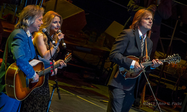 """Jim Lauderdale with The Roys singing """"Why Baby Why"""""""