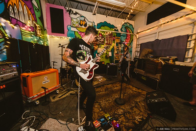 Dénudés performing at Fuzz Baby Records, March 1st, 2017