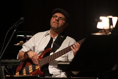 """Lorenzo """"El Diablo"""" Barriendos, Director Musical del concierto de Iván """"El Negro"""" Alvarez."""