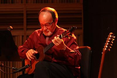 Raúl Delgado Estévez. Concierto de Los Sinverguenzas y el Cuarteto. Corp Banca 2009, Caracas, Venezuela.