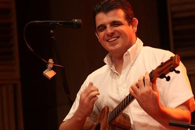 Héctor Molina, Concierto de Los Sinverguenzas. Caracas, Corp Banca, 2009.