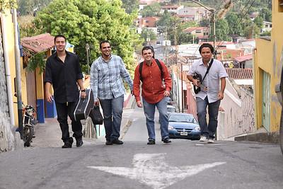 Agrupación C4 Trío en el pueblo del Hatillo, sesión para promoción de su segundo disco.  Caracas, Venezuela