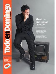 """Portada Revista Todo en Domingo, especial """"Músicos en la Radio"""" del periódico El Nacional, 2009"""