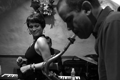 María Alejandra Rodríguez y Pablo Gil en Festival de Jazz de El Hatillo.  2004