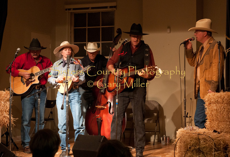 The Anvil Blasters perform at the Hoedown for Hunger benefit concert for the homeless in Bend, OR. November 2009. Gary Miller - Sisters Country Photography