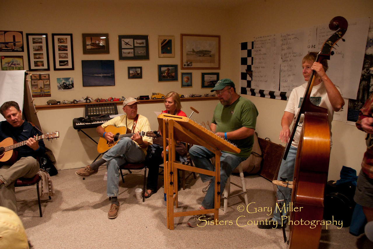 Friday night jam in the 'Man Cave ' -High & Dry Bluegrass Festival 2010 - Gary Miller - Sisters Country Photography