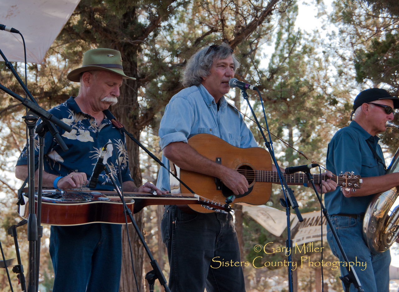 Back From The Dead - High & Dry Bluegrass Festival 2010 - (Photo by Liz Stinard)
